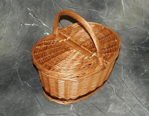 Kosz piknikowy z wikliny