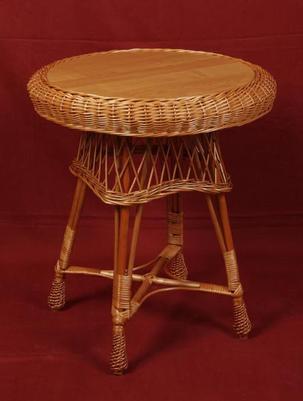 Stół z wikliny