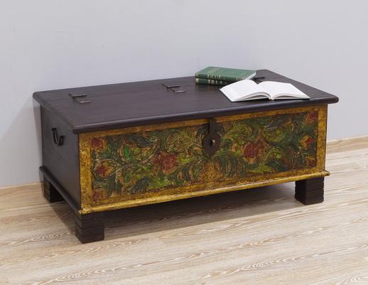Kufer kolonialny ręcznie malowany