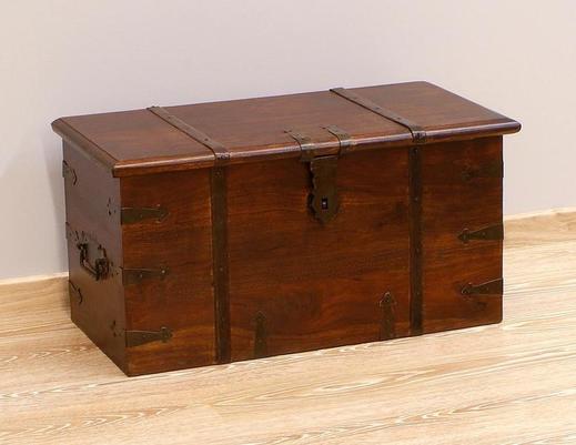 Kufer kolonialny indyjski