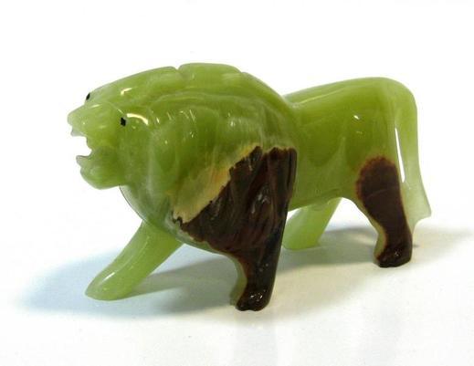 Figurka lwa z onyksu