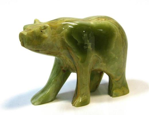 Figurka niedźwiedzia z onyksu