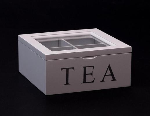 Białe drewniane pudełko na herbatę