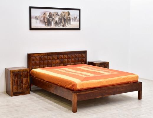 Łóżko kolonialne indyjskie z litego drewna
