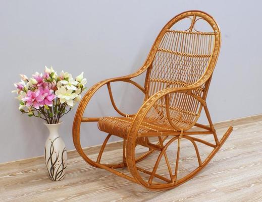 Fotel bujany z wikliny