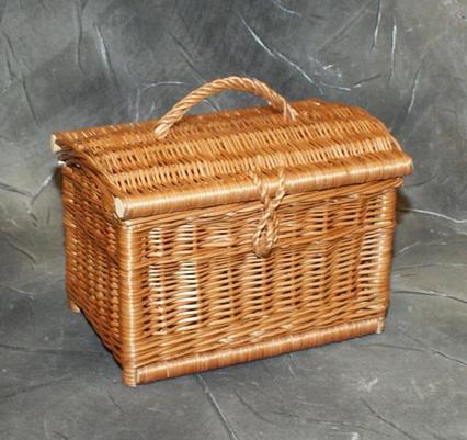 Kuferek z wikliny