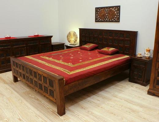 Łóżko kolonialne indyjskie z litego drewna akacji indyjskiej