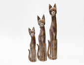 Zestaw kotów drewnianych