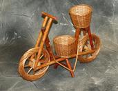 Kwietnik wiklinowy rowerek
